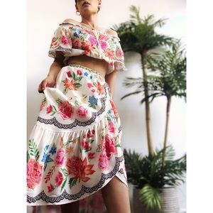Dresses & Skirts - 🆕Azul Floral Midi Skirt